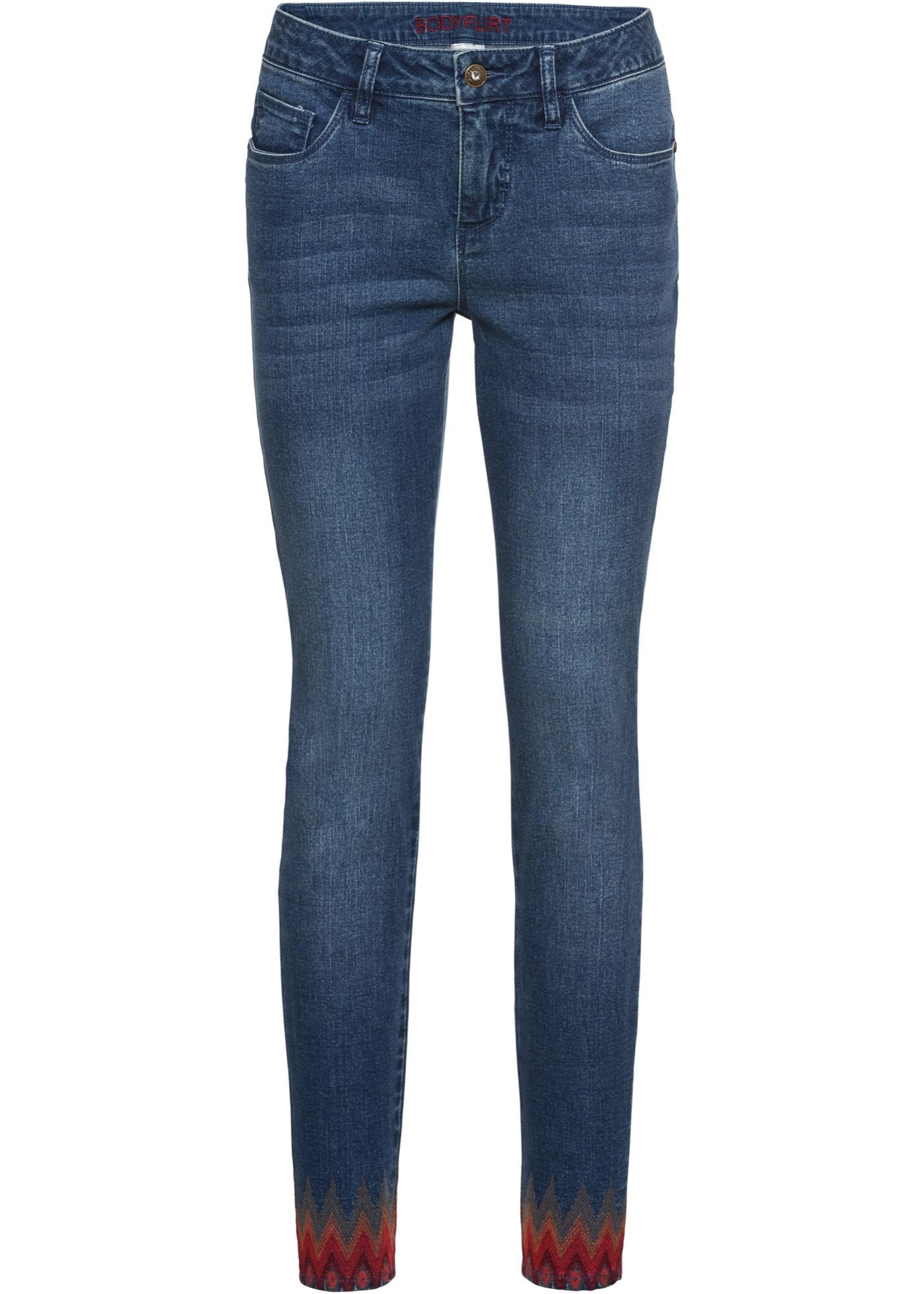 Bonprix SE - Jeans med etnobroderi 379.00